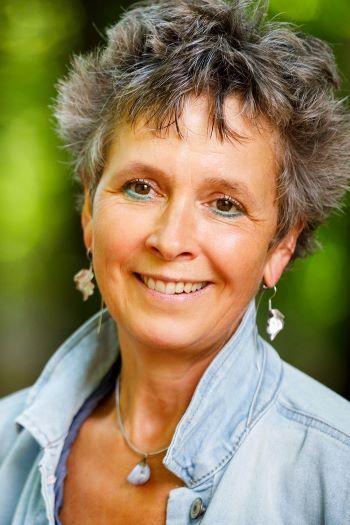 Rineke Dijkinga portret staand