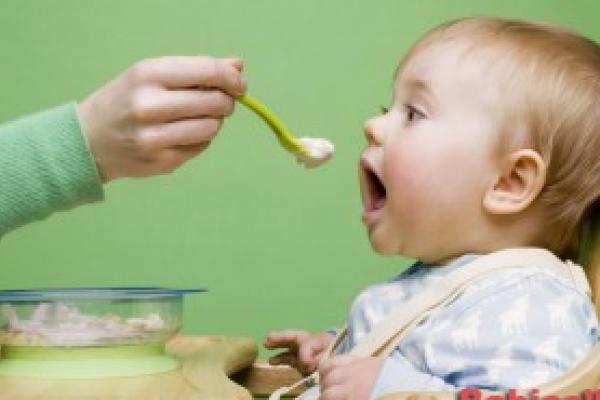 Baby's wennen niet aan bitter door zoete potjes 3