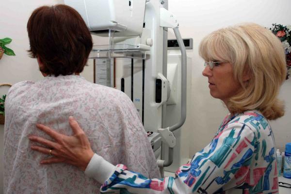 Artsen hier terughoudend bij oudere kankerpatiënt 3